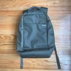Incase Icon Lite Backpack - Anthracite